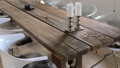 Rustic detail on a THORS Gaia plank dining table #plankebord #plankeborde #upcycling