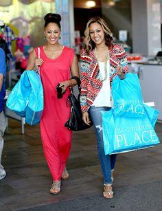 Tamara and Tia Mowry Black Is Beautiful, Beautiful People, Beautiful Things, Tia And Tamera Mowry, Black Families, Woman Crush, Maternity Fashion, Celebrity Style, Celebrity Twins
