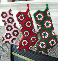 chaussettes de noël en vert blanc et rouge