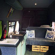 Aménagement de van : quelle cuisine pour mon van ? (3/4) Astuces Camping-car, Van Camping, Vans, Van Life, Van, Wheels