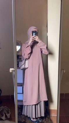 Modest Fashion Hijab, Modern Hijab Fashion, Street Hijab Fashion, Casual Hijab Outfit, Hijab Fashion Inspiration, Islamic Fashion, Skirt Fashion, Fashion Outfits, Modesty Fashion