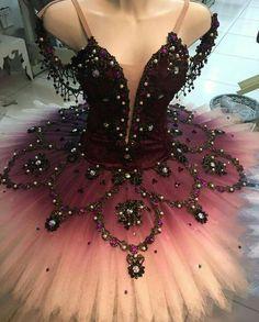 Dress Dance Ballet Ballerinas 21 Ideas Source by dance Tutu Ballet, Dance Costumes Ballet, Ballerina Dress, Ballet Dancers, Ballerina Costume, Jazz Costumes, Ballerina Project, Dance Outfits, Dance Dresses