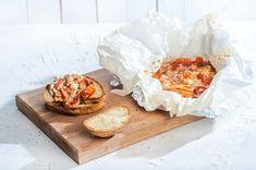 Μπουγιουρντί μαστιχωτό με δύο τυριά από την Αργυρώ Μπαρμπαρίγου! Cookbook Recipes, Snack Recipes, Dinner Recipes, Cooking Recipes, Snacks, Dinner Ideas, Greek Cooking, Food Categories, Finger Foods