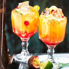 Hurricane cocktail | Mitt kök Cocktail Recipes, Cocktails, Happy Hour, New Orleans, Smoothie, Drinking, Chips, Alcohol, Cooking Recipes