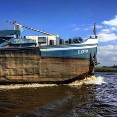 """Give way! Don't mess with this ship. #boattrip #Friesland #binnenvaart #watersport #igersholland #igersnetherlands #ship #DutchLandscape #landscape #ship…"""