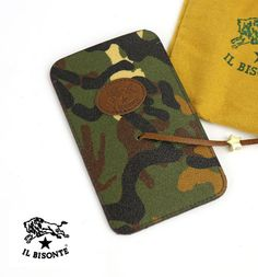 IL BISONTEレザー カモフラージュ柄 UOMO iPhone スマホ  モバイル ケース Sunglasses Case, Gold, Accessories, Blue, Yellow, Jewelry Accessories