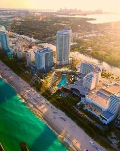 High quality images of cities. Miami Florida, Miami Beach, Miami Pictures, Miami Life, Magic City, Spa, Sunshine State, Continents, New York Skyline