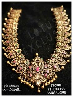 How To Clean Gold Jewelry With Vinegar Info: 5794481353 Antique Jewellery Designs, Gold Earrings Designs, Gold Jewellery Design, Gold Jewelry, Indian Gold Jewellery, Mango Mala Jewellery, Gold Temple Jewellery, Jewelery, Saree Jewellery