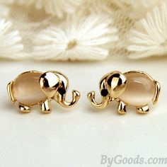 Cheap Lovely Baby Elephant Animal Pearl Ear Studs For Big Sale!Lovely Baby Elephant Animal Pearl Ear Studs, exquisite transparent Pearl earrings, on behalf of luck. Pearl Stud Earrings, Crystal Earrings, Women's Earrings, Silver Earrings, Diamond Earrings, Silver Jewelry, Diamond Stud, Diamond Jewelry, Simple Earrings