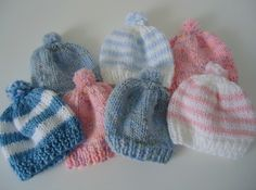 Free knitting pattern for newborn baby hats. Knitted flat, then seamed up. No double points!