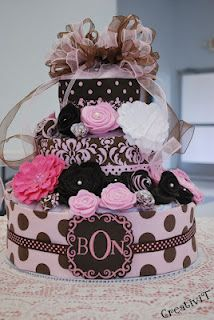 Gorgeous diaper cake! pink and brown