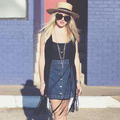 Denim skirt, hat. Highend Hippie.