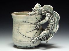 Sharon Reay: Dragon Mug Tags: show art cup ceramic 2006 pot charlie pots cups clay functional cummings tumbler cuptheintimateobjectv petepinnell Slab Pottery, Pottery Mugs, Ceramic Pottery, Pottery Ideas, Ceramic Tableware, Ceramic Cups, Ceramic Art, Ceramic Animals, Clay Animals