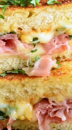 Cake And Food Recipe: Italian Garlic Bread Grilled Cheese Salami Sandwich, Sandwich Bar, Soup And Sandwich, Grilled Sandwich Ideas, Grilled Cheese Recipes, Grilled Cheeses, Grilled Cheese Sandwiches, Sausage Sandwiches, Steak Sandwiches