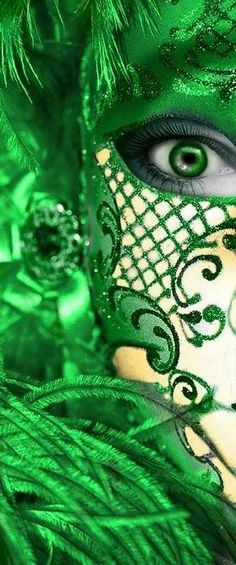 Go Green, Green Eyes, Green Colors, World Of Color, Color Of Life, Emerald Green, Emerald City, Pantone Color, Shades Of Green