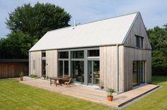 Gartenansicht : Moderne Häuser von JEBENS SCHOOF ARCHITEKTEN