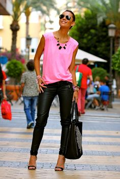 Love this transition look for leather pants!