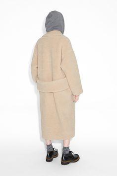 Monki Image 4 of Shearling kimono coat in Beige Light
