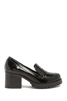 Jane and the Shoe Block Heel Loafers Chunky Loafers, Chunky Boots, Leather Loafers, Sock Shoes, Cute Shoes, Shoe Boots, Mocassin Shoes, Loafer Shoes, Look Fashion