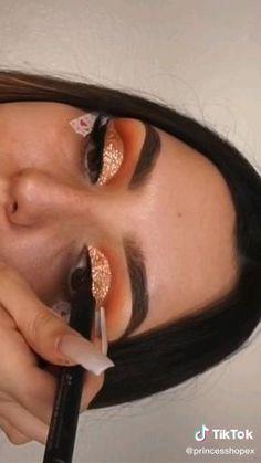 Dope Makeup, Baddie Makeup, Makeup Eye Looks, Eye Makeup Art, Glam Makeup, Skin Makeup, Eyeshadow Makeup, Maquillage Yeux Cut Crease, Eye Makeup Designs