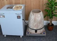 Our company is one of the noted manufacturers and suppliers of Clay Tandoor With Jute