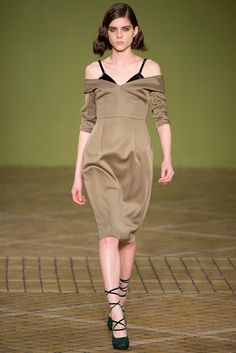 Jonathan Saunders Fall 2013 Ready-to-Wear Fashion Show - Kel Markey
