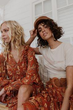 Modern Gypsy Fashion, Gipsy Fashion, Steampunk Fashion, Gothic Fashion, Modern Hippie, Blue Dahlia, Lace Mini Skirts, Festival Outfits, Concert Outfits