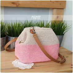 Mini crochet Dr frame bag.