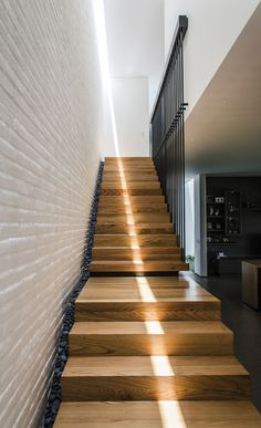 Ultimate farmhouse staircase decor ideas and design Interior Staircase, Stairs Architecture, Staircase Design, Interior Architecture, Contemporary Stairs, Modern Stairs, Modern Small Bathrooms, Balustrades, Stair Handrail