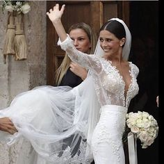 Beautiful Berta bride - the Italian TV star Ludovica Caramis who married AS Roma striker Mattia Destro Celebrity Wedding Dresses, Sexy Wedding Dresses, Wedding Dress Sleeves, Celebrity Weddings, Bridal Dresses, Wedding Gowns, Lace Wedding, Hollywood Wedding, Beautiful Bride