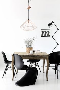 black chairs dining