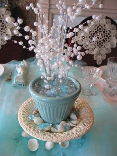 Under the Sea Baby Shower Centerpieces   very nice, easy to make.