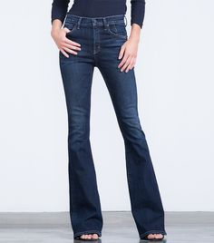 The+Denim+That's+In+and+Out+for+Spring,+According+to+the+Experts+via+@WhoWhatWear