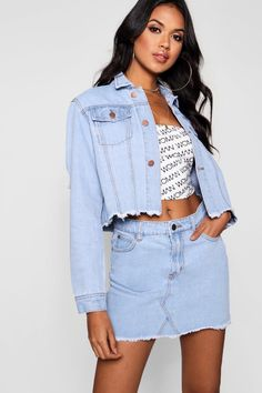 614c73dd54 Click here to find out about the Cropped Denim Trucker Jacket from Boohoo