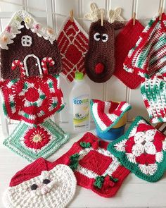 """Watch the review video for the Christmas Dishcloths Set Crochet Pattern! to Skill Level: Easy to Intermediate Sizes: Christmas Flower - About 8½"""" square.Holida"""