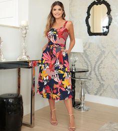 8af03e0caf06 Vestido na estampa mais linda da semana !!!  look  verao2019  moda