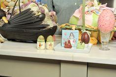 Lauduree chocolate chickens