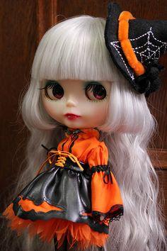 ハロウィンのオフ会 | by HAPPY JAM Halloween Doll, Cute Halloween, Cute Baby Dolls, Cute Babies, Chica Gato Neko Anime, Witch Pictures, Gothic Dolls, Cat Wallpaper, Fantasy Girl
