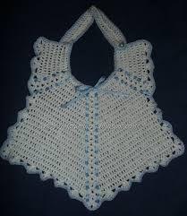 Resultado de imagen de baberos ganchillo Diy Projects To Try, Sewing Projects, Crochet Bib, Learn To Crochet, Burp Cloths, Baby Bibs, Collars, Crochet Patterns, Knitting