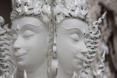 タイ、すごいよタイ... と言わざるを得ないトンデモ寺院「ワットロンクン (Wat Rong Khun