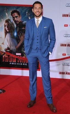 Zachary Levi / Iron Man 3 Premiere /  3 Piece Suit - great color !!!