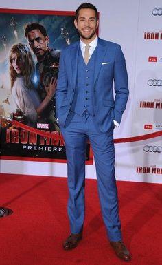 Zachary Levi / Iron Man 3 Premiere /  3 Piece Suit - great color !!!