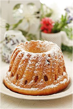 Classic French Desserts, French Food, Savoury Biscuits, Austrian Recipes, Food Tasting, Specialty Foods, Christmas Cooking, Base Foods, Homemade Cakes