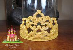 Edible Fondant Princess Tiara/Crown by TheSweetCastleBakery Princess Cakes, Princess Tiara, Princess Party, Fondant Tips, Fondant Tutorial, Fondant Crown, Cupcakes, Cake Stuff, Fondant Figures