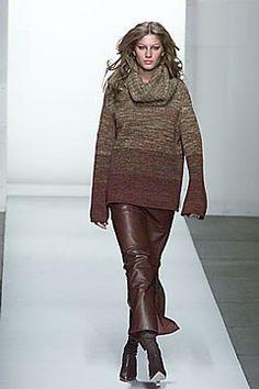 Oscar de la Renta Fall 2000 Ready-to-Wear Collection Photos - Vogue