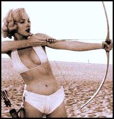 coolest Marilyn photo. @Cassandra Loomis  Hey Cassie, look!!!