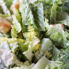 Creamy Caesar Salad Dressing is a perfrect dressing for your Caesar salad. This Caesar dressing is made with mayonnaise and no anchovies. Homemade Caesar Salad Dressing, Creamy Salad Dressing, Salad Dressing Recipes, Chicken Salad Dressing, Salad Dressings, Caesar Dressing Recipe No Anchovies, Homemade Ceasar Salad, Snacks, Vinaigrette