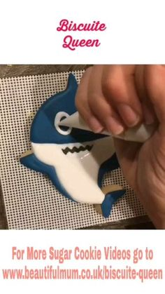 Discover recipes, home ideas, style inspiration and other ideas to try. Sugar Cookie Cakes, Iced Cookies, Royal Icing Cookies, Cupcake Cakes, Cookie Icing, Shark Birthday Cakes, Birthday Cookies, Cookie Videos, Cupcake Videos