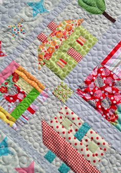 Machine Quilting l Lovely Threads l Lots of great quilting on this Town Square quilt from Lori Holt's book Quilty Fun