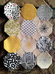 The pot holder that became a cushion cover that became a cot quilt. It was always going to be Lou's quilt! Only took 24 years. Quilting Projects, Quilting Designs, Sewing Projects, Quilting Tips, Hexagon Patchwork, Hexagon Quilt, Triangles, English Paper Piecing, Applique Quilts
